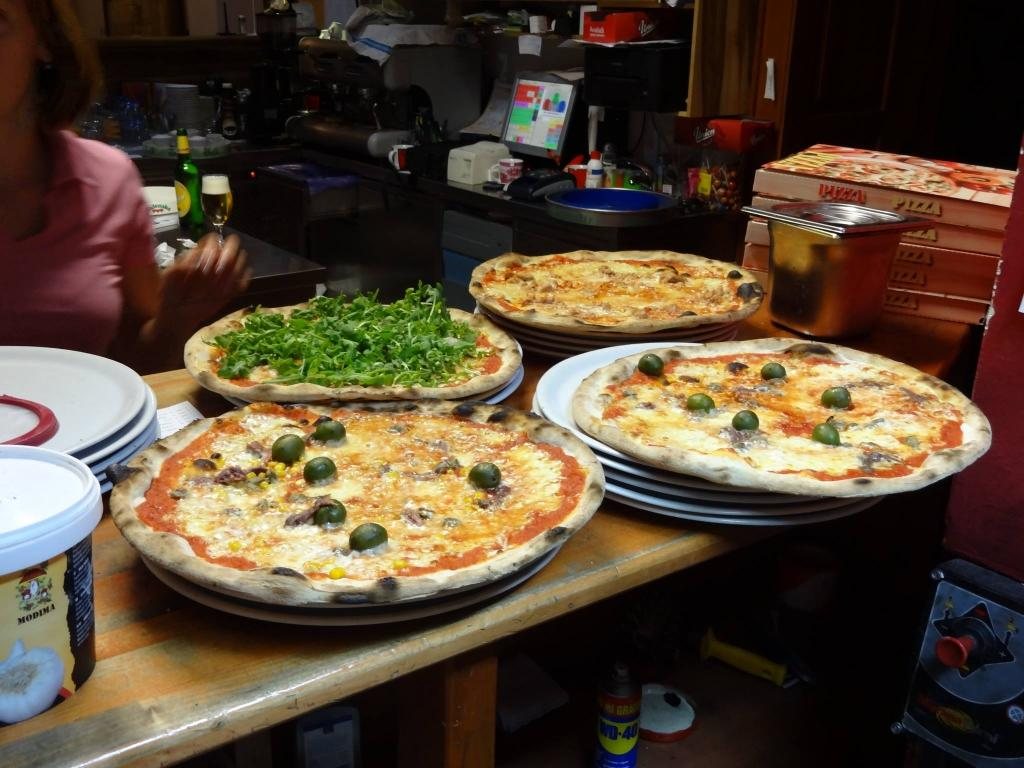 Pizzeria, rooms, owernights, hostel Kobarid gallery photo no.4
