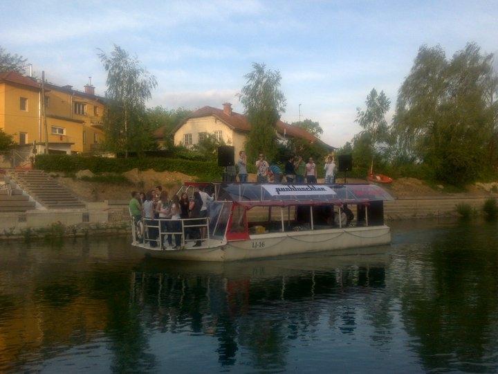 Plovba po Ljubljanici - rečna ladja ŽABA gallery photo no.1