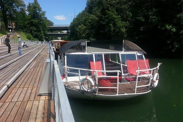 Plovba po Ljubljanici - rečna ladja ŽABA gallery photo no.7