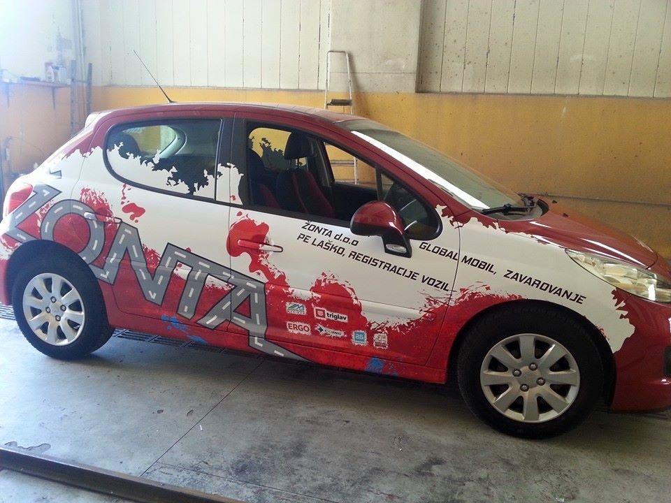 Polepitev vozil, temnenje stekel, car wrapping, foliranje plovil gallery photo no.26