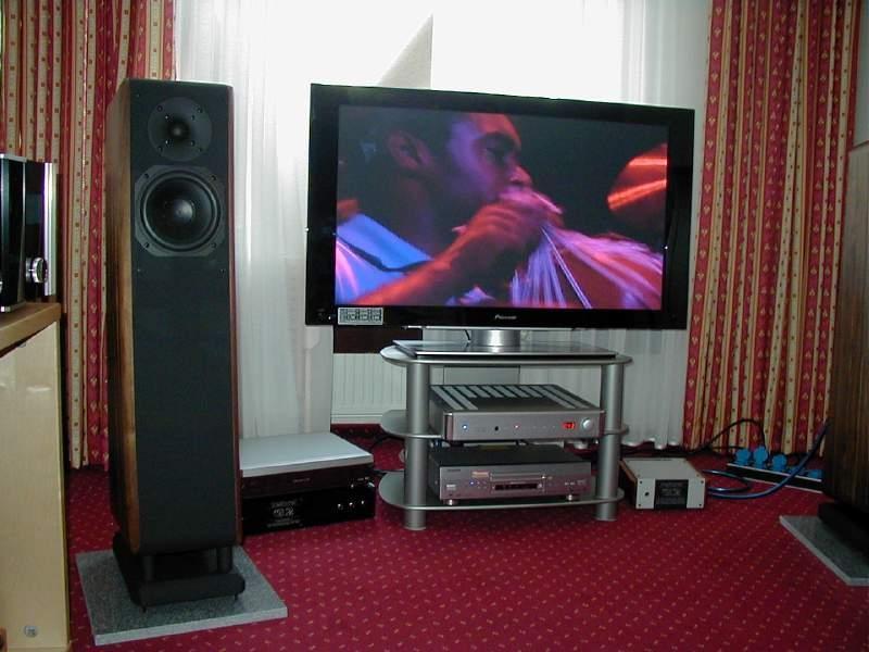 Prodaja audio opreme za domačo rabo gallery photo no.28