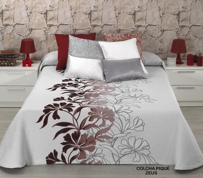 MUNH d.o.o. Prodaja in izdelava jogi rjuh, posteljnine, namiznih prtov, brisač in posteljnine z idrijsko čipko, posteljnina, prti gallery photo no.33