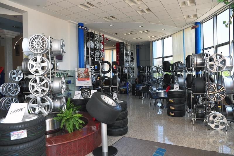 Prodaja pnevmatik, menjava pnevmatik, vulkanizerstvo - Avtocenter Špan Ljubljana gallery photo no.15