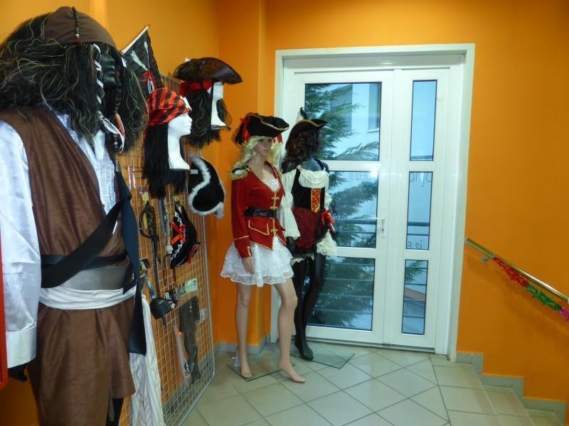 Pustne maske, pustni kostumi, novoletni okraski gallery photo no.2