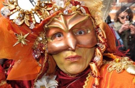 Pustne maske, pustni kostumi, novoletni okraski gallery photo no.17