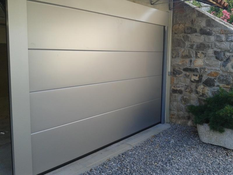 Prodaja, montaža in servis garažnih in rolo vrat gallery photo no.2