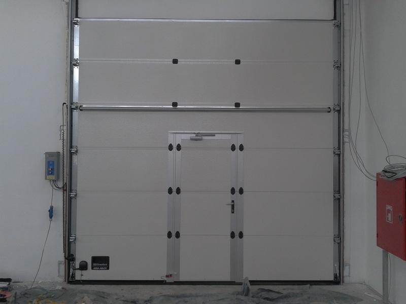 Prodaja, montaža in servis garažnih in rolo vrat gallery photo no.8