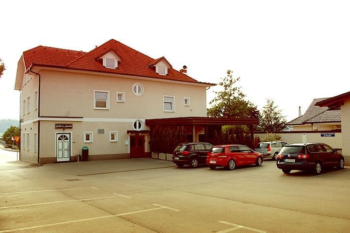 Sobe, rooms Grosuplje - apartma, prenočišča Goršič Grosuplje gallery photo no.4