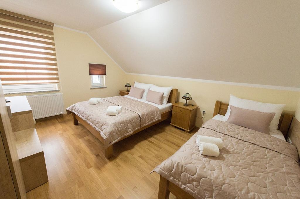 Sobe, rooms Grosuplje - apartma, prenočišča Goršič Grosuplje gallery photo no.8
