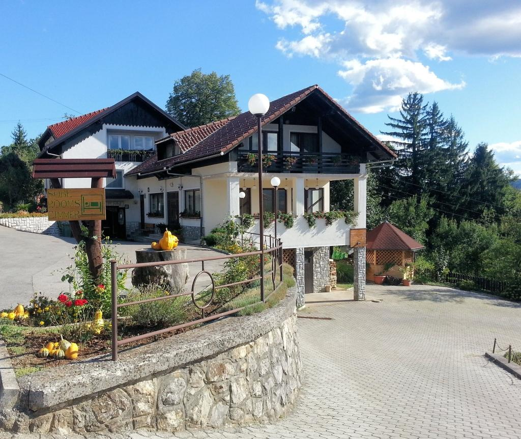 Sobe, rooms, zimmer FRANKOVIČ - Črnomelj, Bela krajina gallery photo no.0