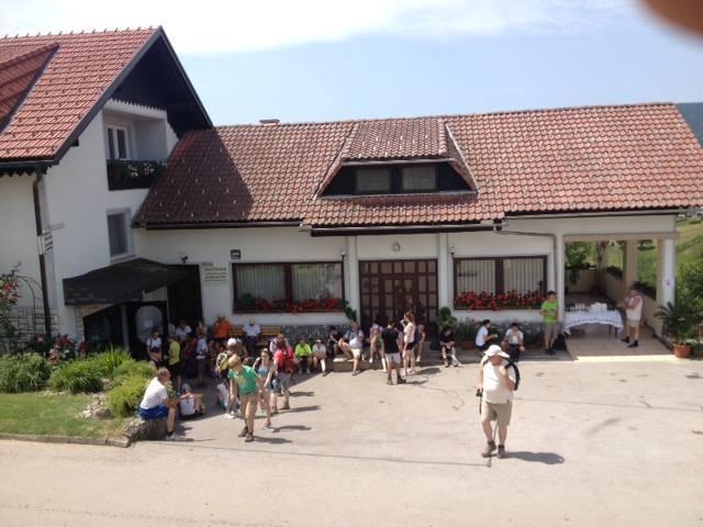 Sobe, rooms, zimmer FRANKOVIČ - Črnomelj, Bela krajina gallery photo no.5
