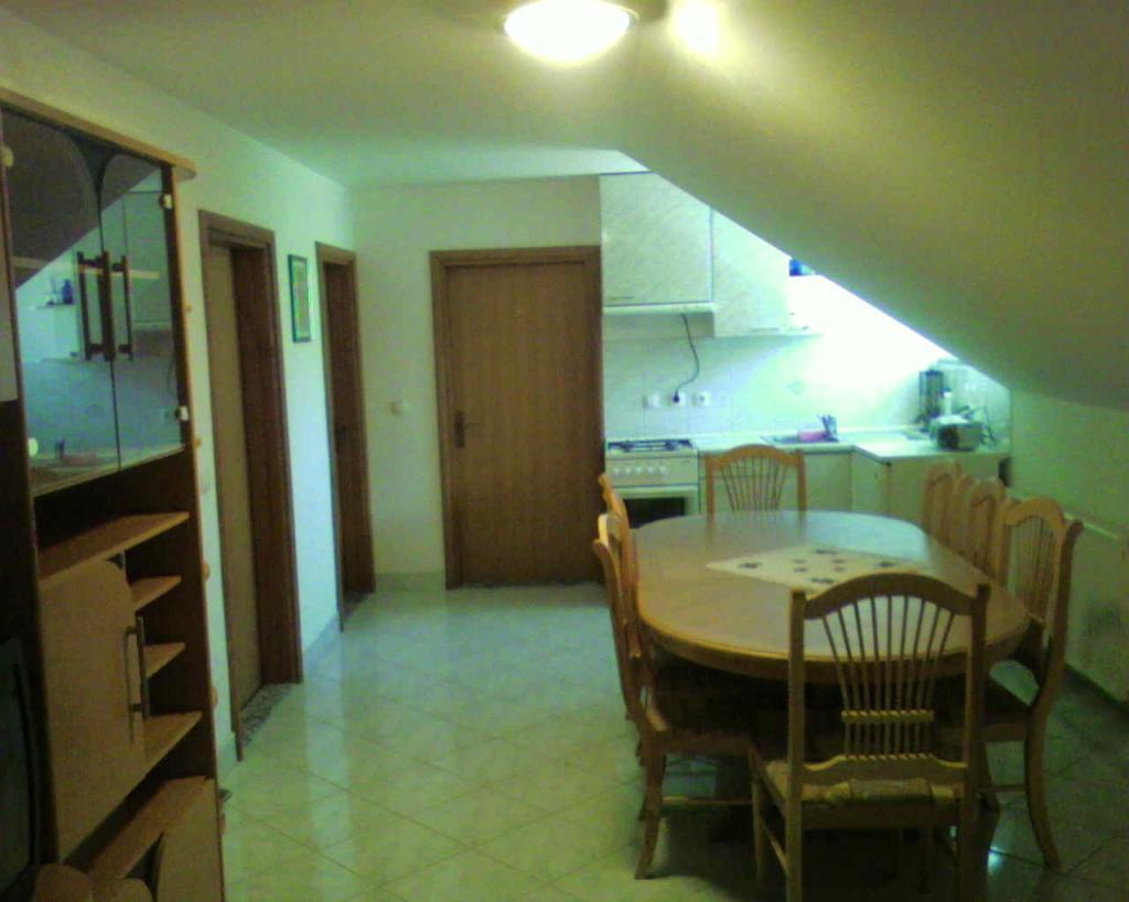 Sobe, rooms, zimmer FRANKOVIČ - Črnomelj, Bela krajina gallery photo no.17