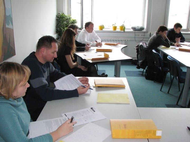 Sodno prevajanje, jezikovno izobraževanje za podjetja, Ljubljana gallery photo no.4