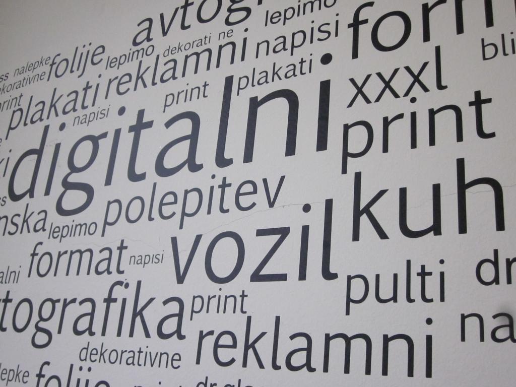 Temnenje avtostekel, digitalni print, polepitev vozil DR.GLASS, Ljubljana gallery photo no.1