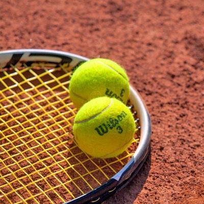 Teniški tečaj Ljubljana, napenjanje loparjev Ljubljana, učenje tenisa Ljubljana gallery photo no.4