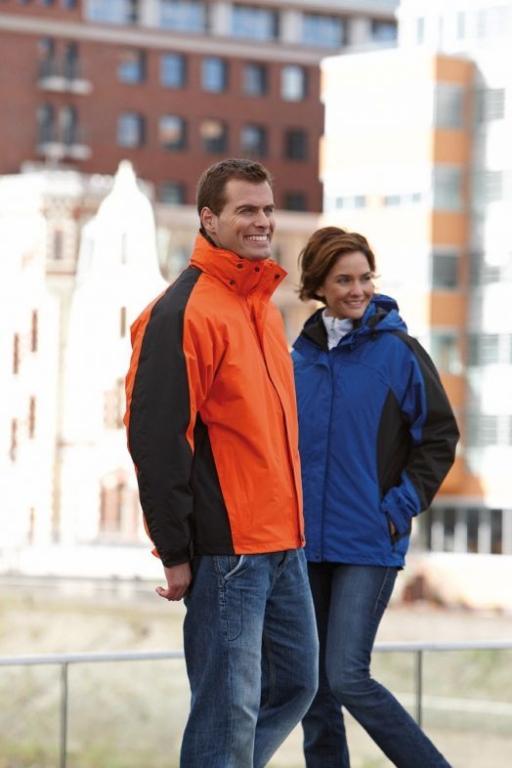 Tisk na jakne, tisk delovnih oblačil, tisk na odeje, tisk na puloverje, tisk puloverjev Vini gallery photo no.1