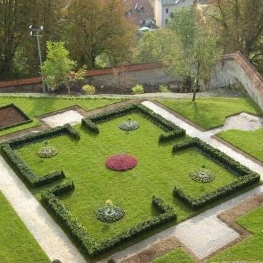 Tlakovanje dvorišč - Vrtni inženiring Bilban, Medvode gallery photo no.19