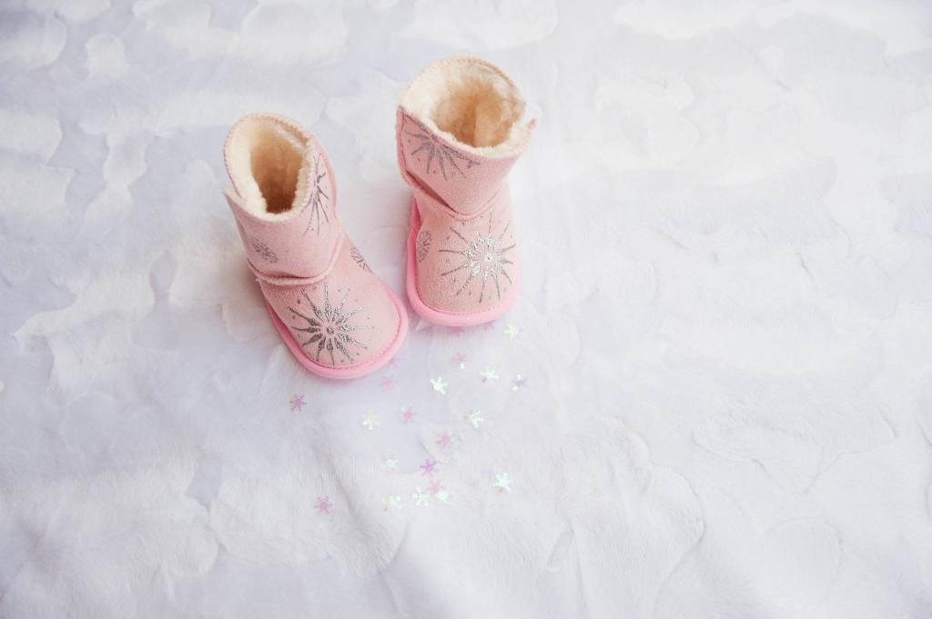 Unikatni poslikani otroški čeveljčki, darila za novorojenčke gallery photo no.5