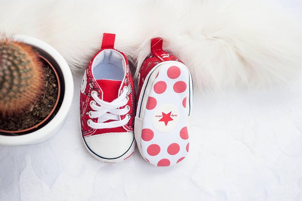 Unikatni poslikani otroški čeveljčki, darila za novorojenčke gallery photo no.16
