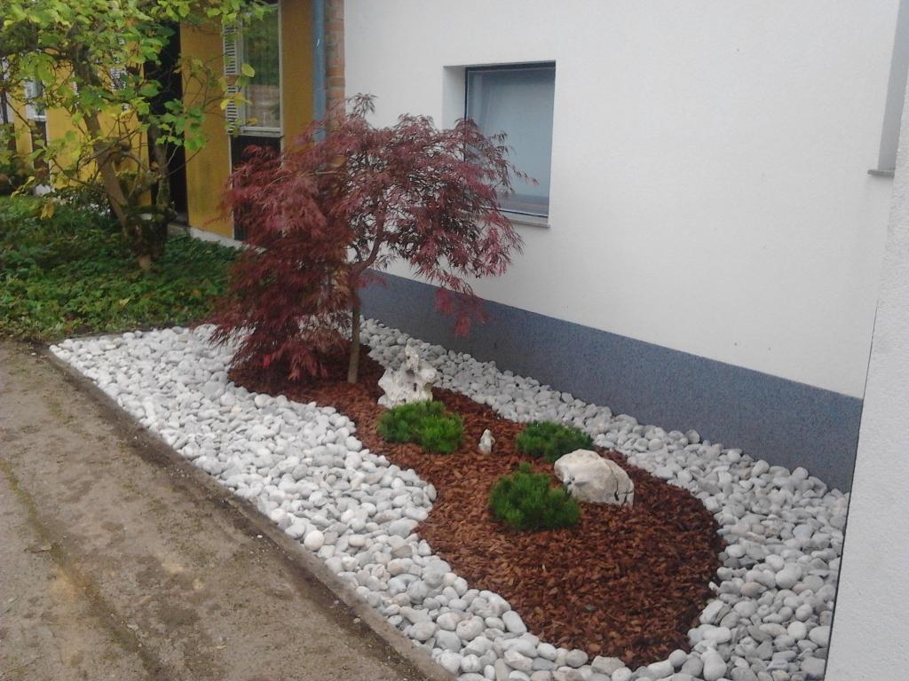 Urejanje, vzdrževanje vrtov, polaganje, setev trave, obrezovanje drevja, žive meje - Vrtnarstvo Šink gallery photo no.10