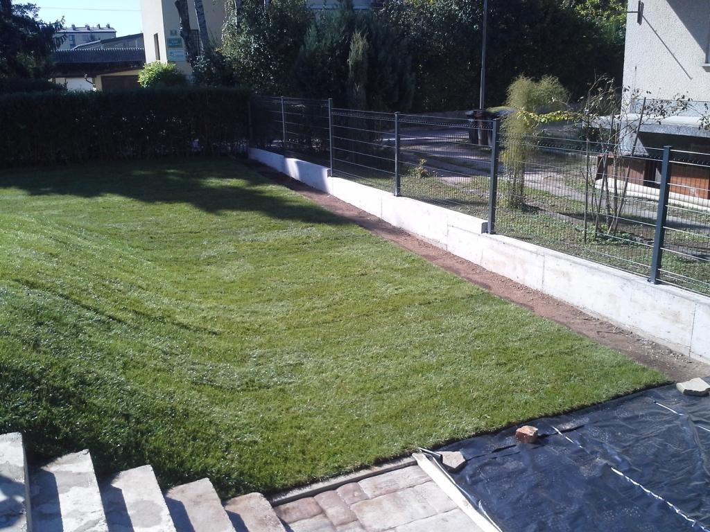 Urejanje, vzdrževanje vrtov, polaganje, setev trave, obrezovanje drevja, žive meje - Vrtnarstvo Šink gallery photo no.39