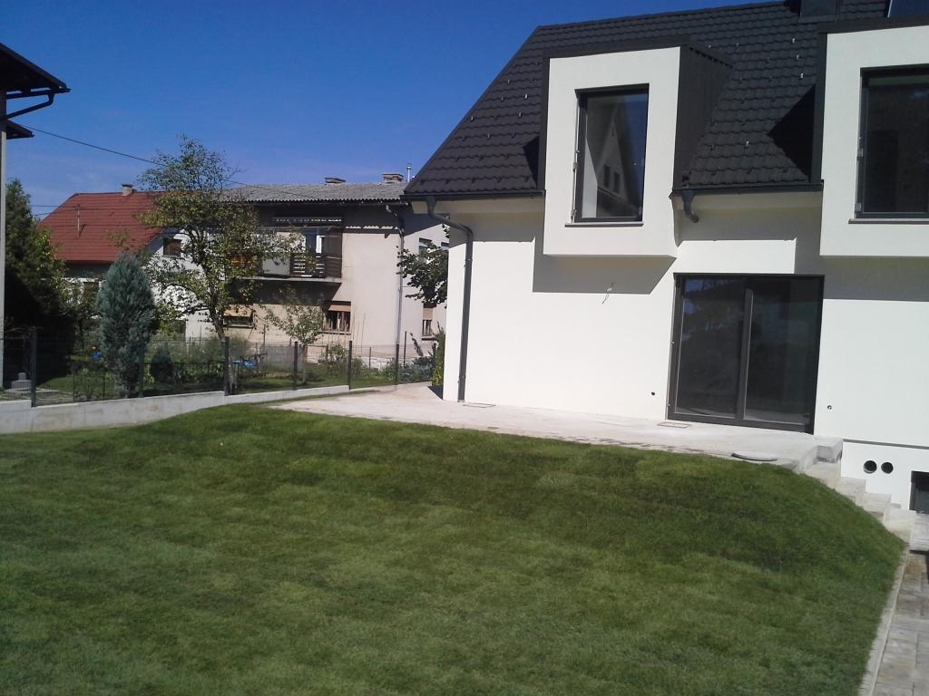 Urejanje, vzdrževanje vrtov, polaganje, setev trave, obrezovanje drevja, žive meje - Vrtnarstvo Šink gallery photo no.45