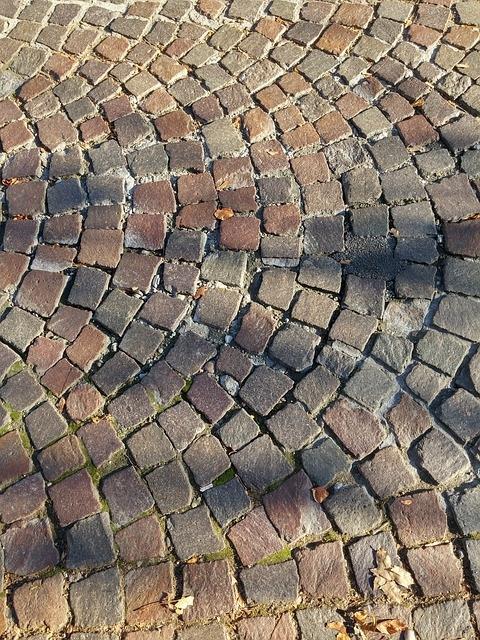 Urejanje okolice, asfaltiranje, polaganje tlakovcev Ptuj gallery photo no.5