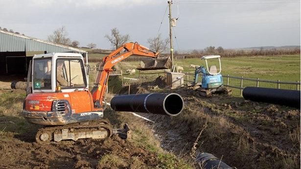Urejanje okolice, izkopi za kanalizacije, avtovleka, prevozi s kiper kamionom, Celje, Žalec gallery photo no.2