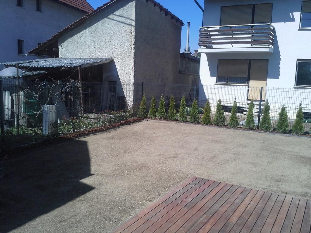 Urejanje, vzdrževanje vrtov, polaganje, setev trave, obrezovanje drevja, žive meje - Vrtnarstvo Šink gallery photo no.77