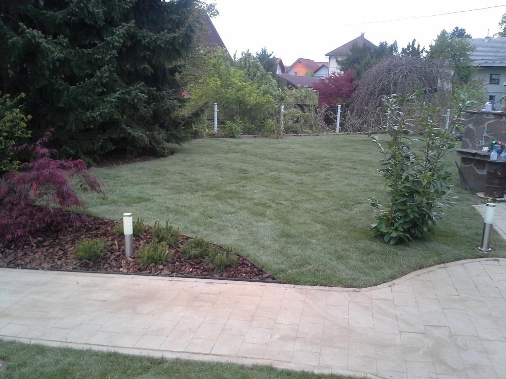 Urejanje, vzdrževanje vrtov, polaganje, setev trave, obrezovanje drevja, žive meje - Vrtnarstvo Šink gallery photo no.90