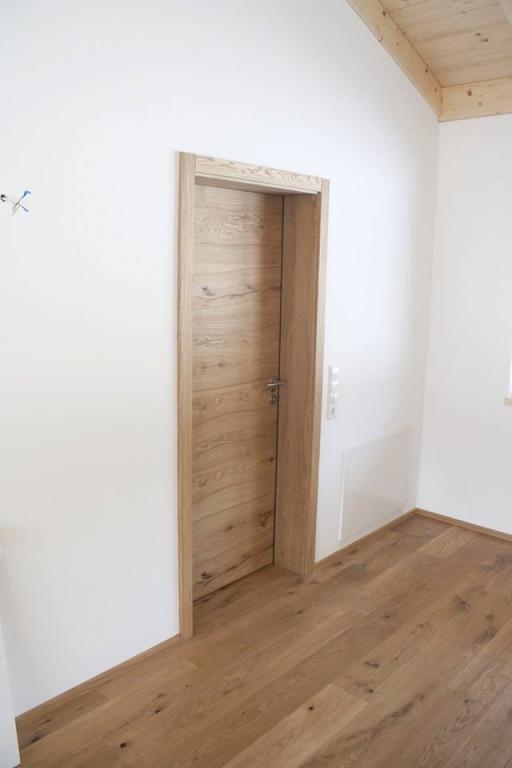 Mizarstvo Lespo - Vrata s skritimi nasadili, kuhinje po meri, furnirana in lakirana vrata gallery photo no.7