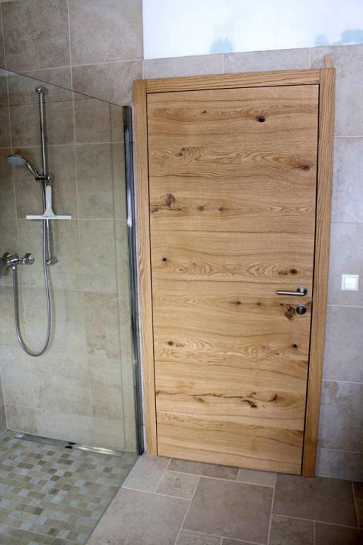 Mizarstvo Lespo - Vrata s skritimi nasadili, kuhinje po meri, furnirana in lakirana vrata gallery photo no.8