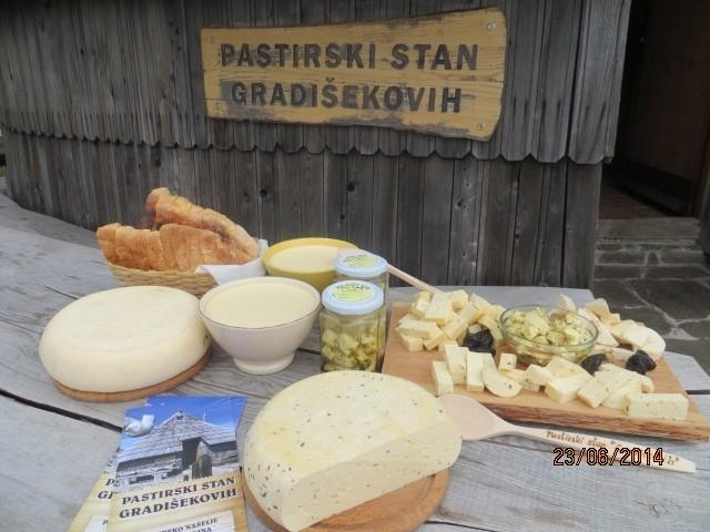 Pastirski stan Gradišekovih, Velika planina  gallery photo no.1