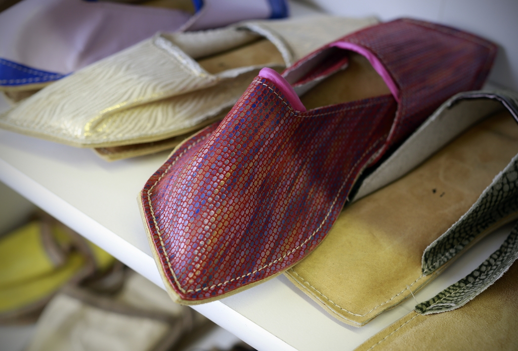 Čevljarstvo in usnjena galenterija PAFIK, proizvodnja obutve, Šenčur gallery photo no.3