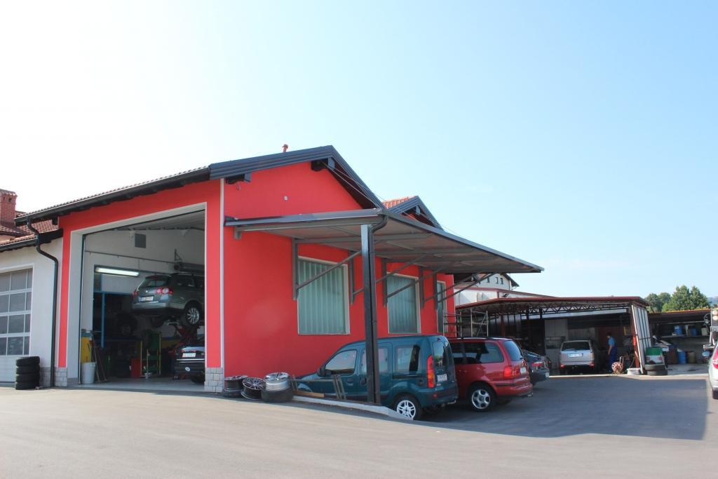 Avto Martinčič, Popravilo avtomobila po toči, Ilirska Bistrica, Obala Kras gallery photo no.3