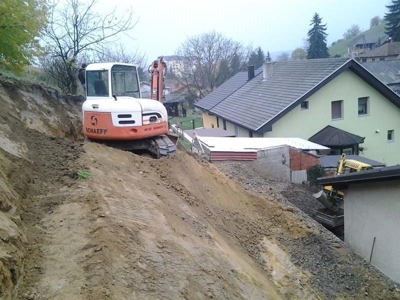 Gradbena dela, tlakovanje, izkopi, MOG Slekovec d.o.o., Pomurje gallery photo no.1