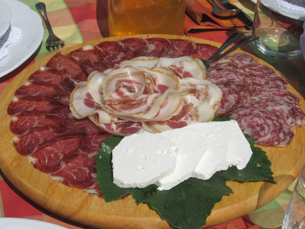 Gostilna Sušelj, Domače jedi, Pivka gallery photo no.2
