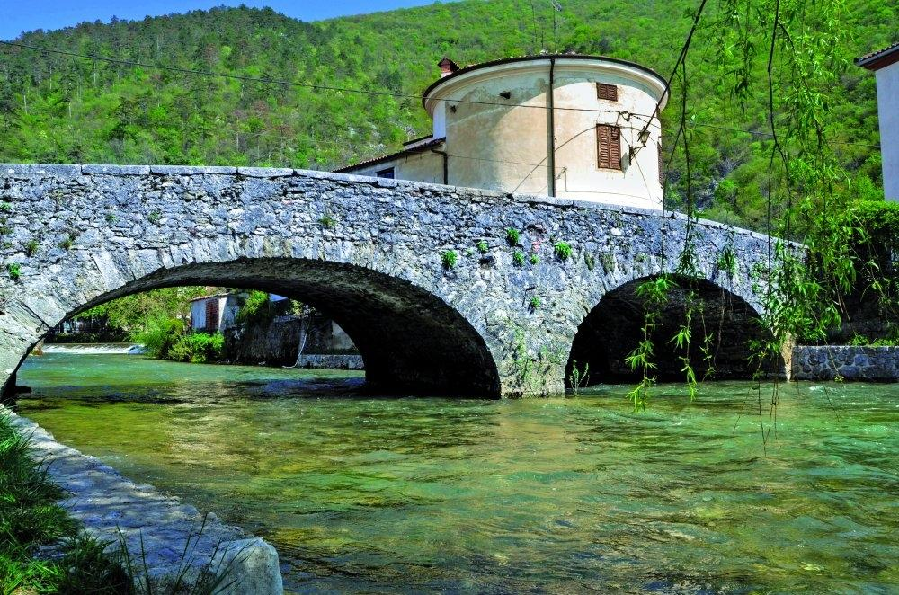Katja Tu, treking, programma per la Slovenia, Dalmazia, Monte negro gallery photo no.1