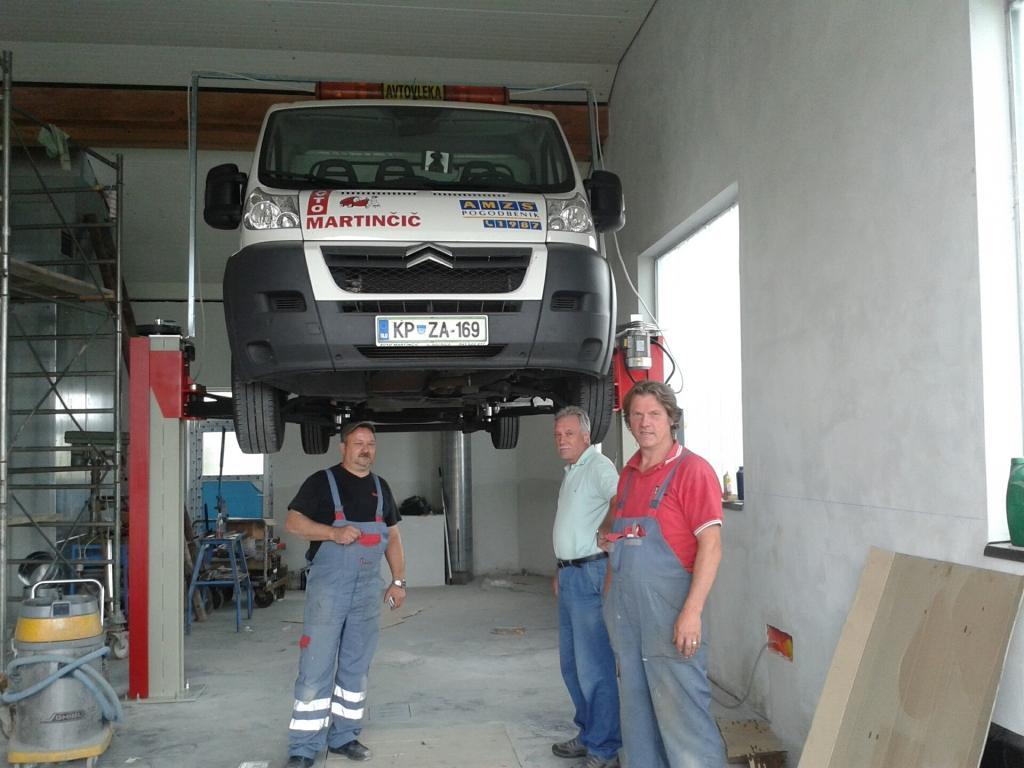 Avto Martinčič, Popravilo avtomobila po toči, Ilirska Bistrica, Obala Kras gallery photo no.4