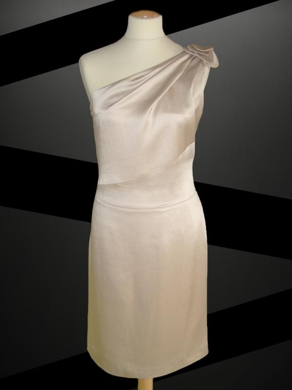 Ženske svečane obleke po meri - product image