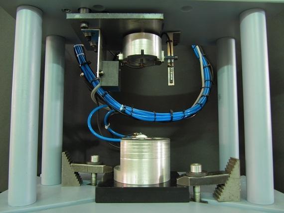 Izdelava orodij in pripomočkov za sestavljanje polizdelkov iz plastike - product image