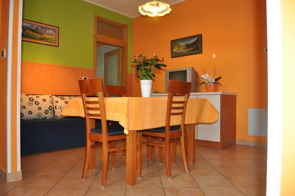 Apartma 5 - product image