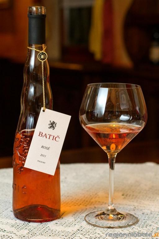Rdečkasta in rdeča buteljčna vina - product image