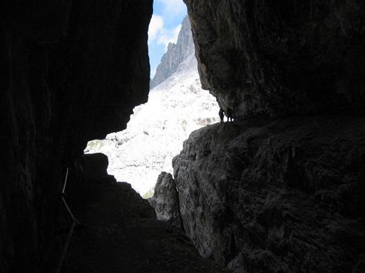 Dolomiti - po vojaški poti v stenah Cime Undici - product image