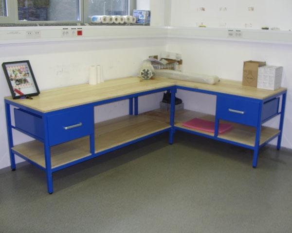 Pohištvo iz kovine in lesa - product image
