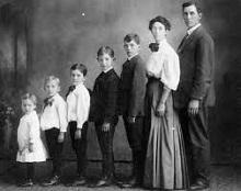 Postavitev družine - product image