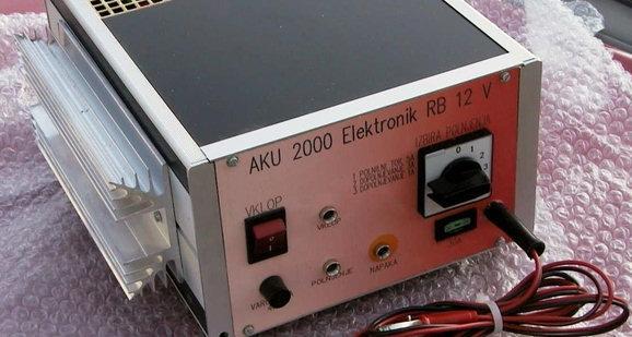 Akumulatorski polnilec z visoko stopnjo zaščite - product image