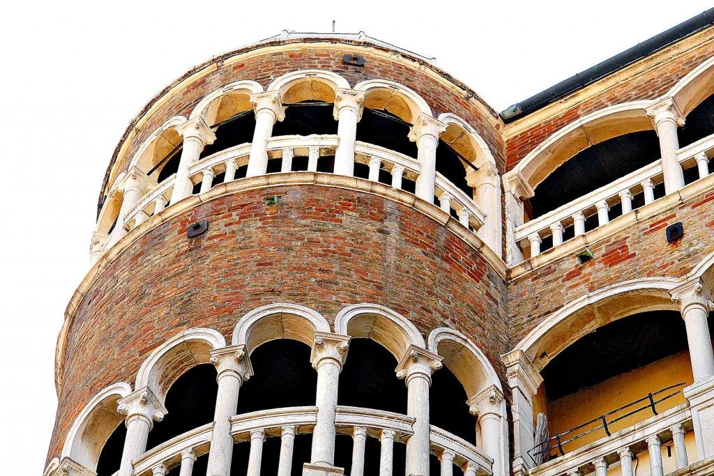 Palača Contarini del Bovolo - product image