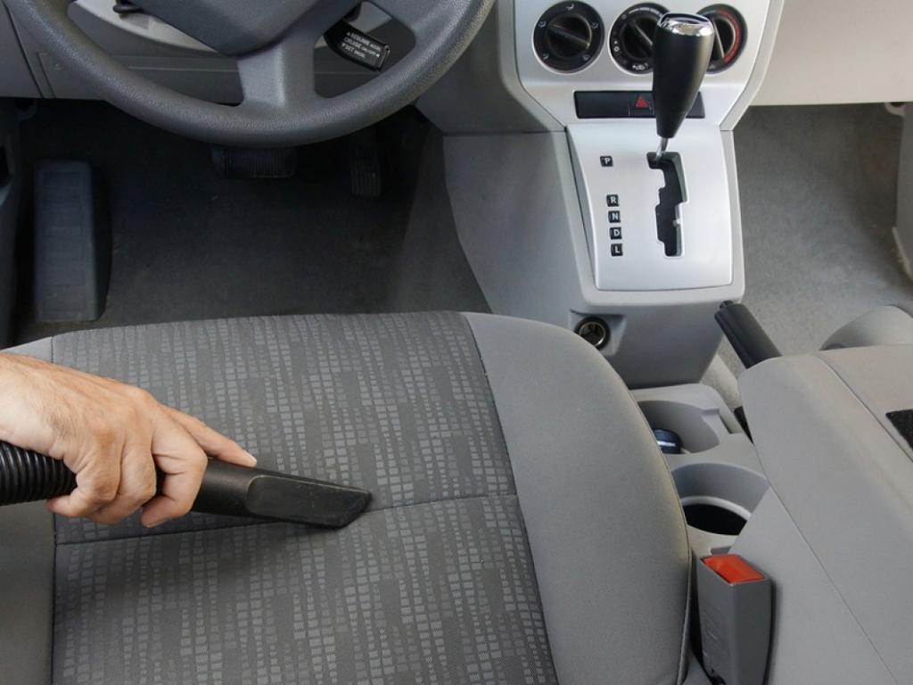 Globinsko čiščenje avtomobila - product image