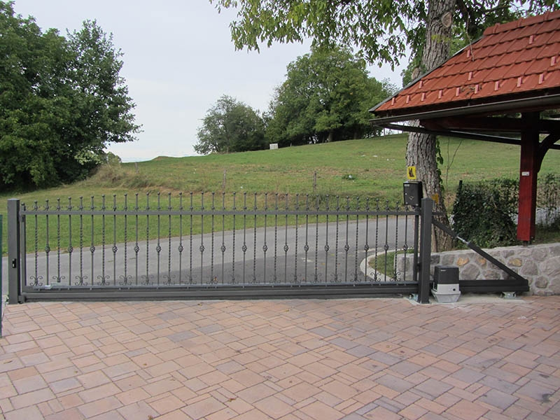 Dvoriščna vrata za privatne potrebe - product image